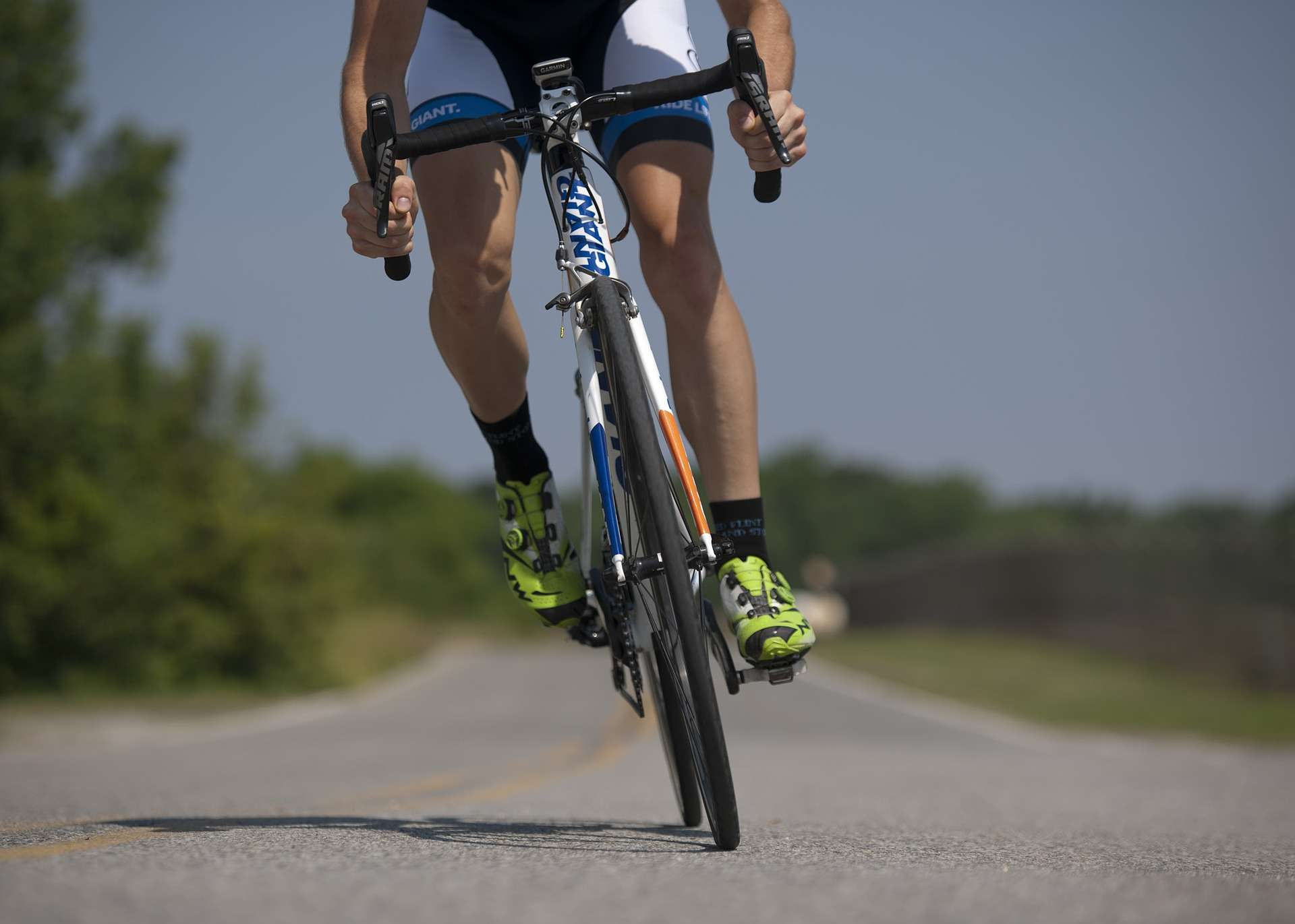 Syklist på landeveien