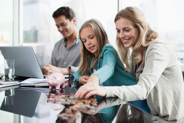 Familie vurderer behovet for å kjøpe uføreforsikring i Frende.