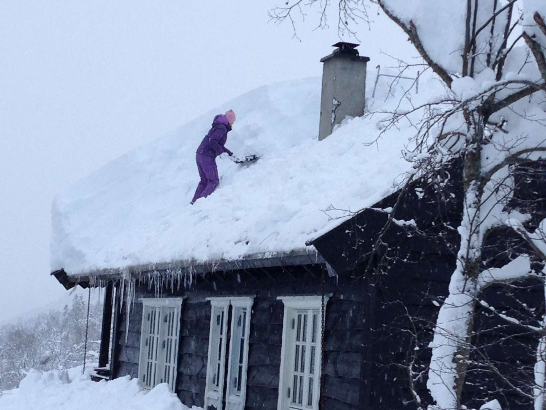 Snømåking av hyttetak